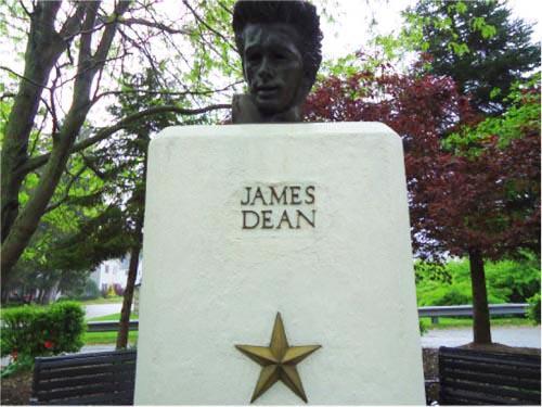 James Dean Bust Fairmount Indiana